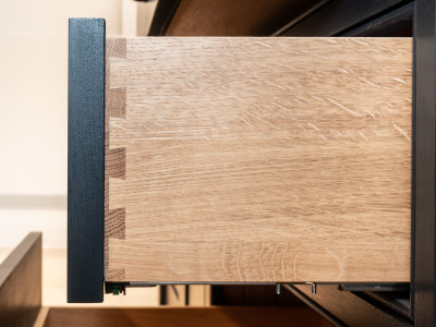 dovetail jointed drawer box