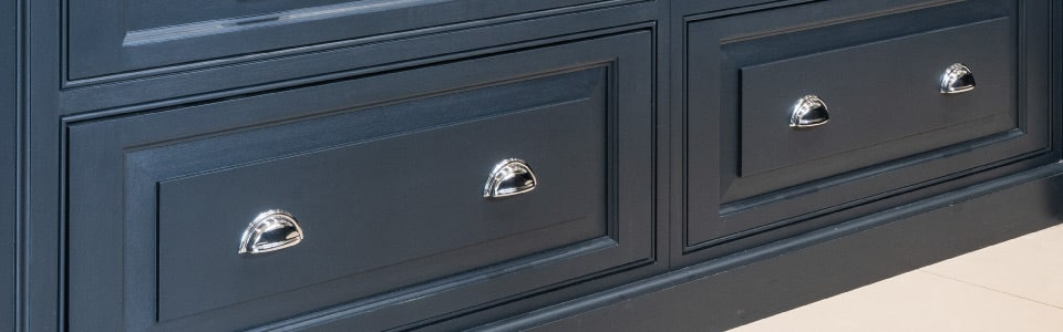traditional shaker kitchen drawer with raised and fielded panel